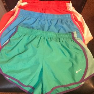 (3) Girls Nike Dr-fit Shorts